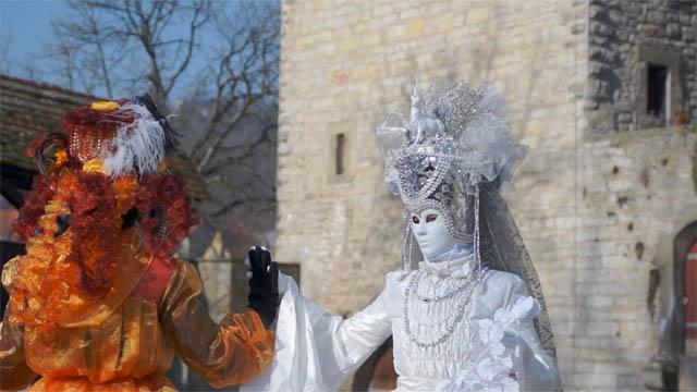 Erste Impressionen von HALLia VENEZiA 2012. Ein mehr dokumentatorischer Schnitt kommt noch, ich wollte nur schonmal direkt einige Impressionen des diesjährigen Maskenballs zeigen.